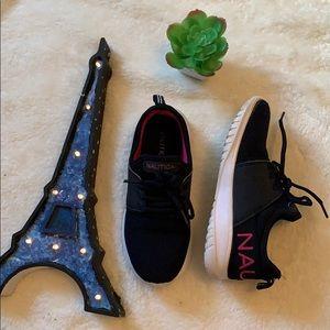 Girl 👧 nautica sneakers 👟